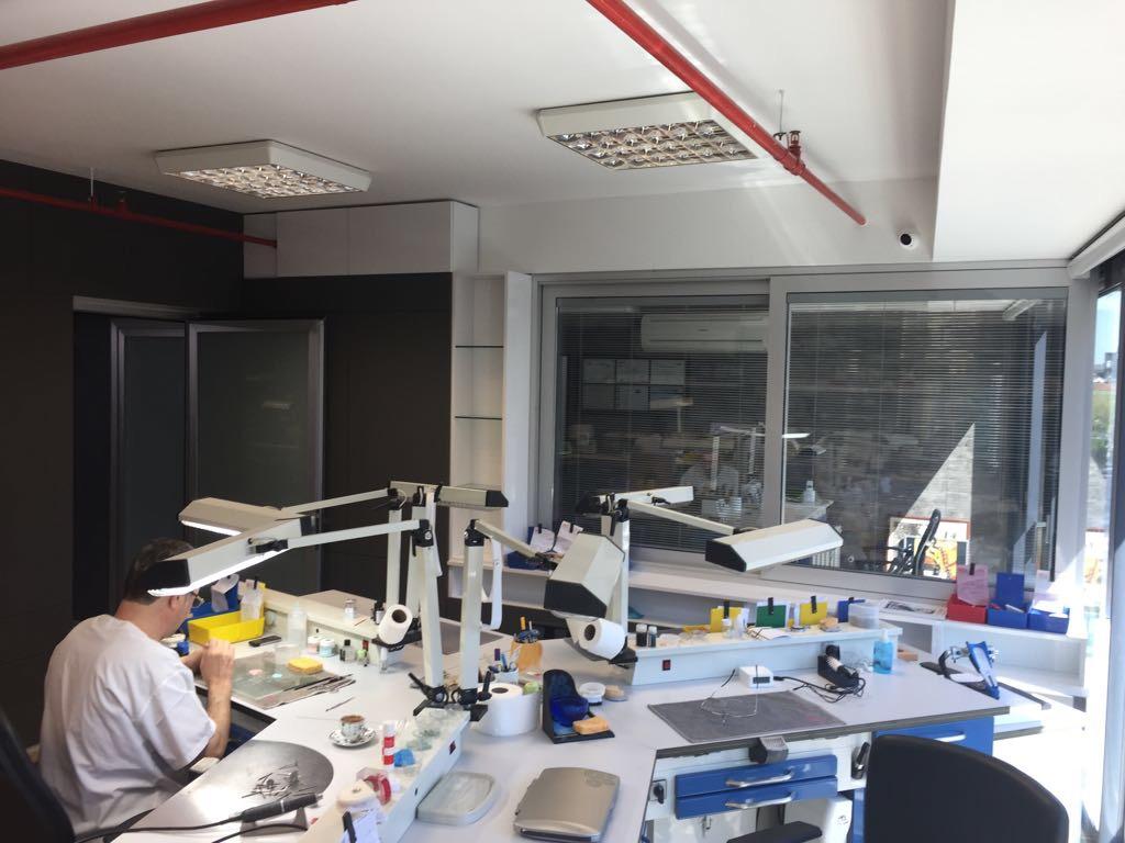 Crea-Dent Diş Laboratuvarı - Murat Çakmak
